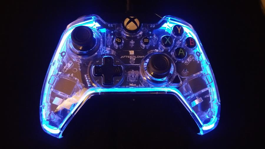 Review Afterglow Prismatic Xbox One Controller Big